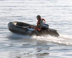 Подвесной лодочный мотор фирмы Selva